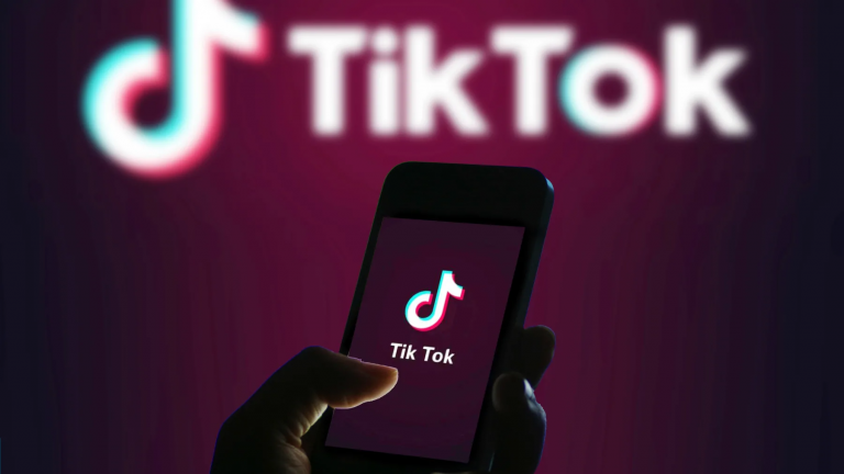 Amazon blokuje TikTok na telefonach pracowników