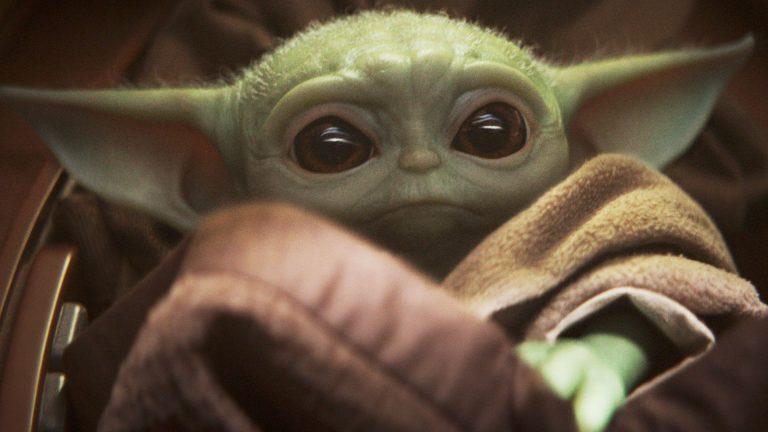 Możesz już kupić prawdziwych rozmiarów figurkę Baby Yoda